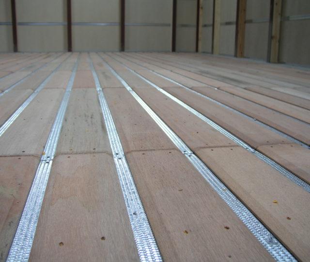Belüftungsboden Holz